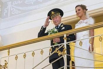 عروسهای جوان در حجله مردانی به سن پدر