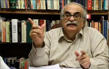 جدیدترین انتقادات خسرو معتضد از ظریف: قوامالسلطنه که لیسانس هم نداشت بهتر از شما مذاکره کرد