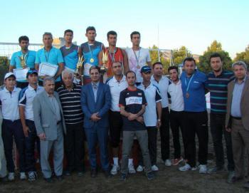 قهرمان مسابقات والیبال ساحلی کارگران کشور مشخص شد