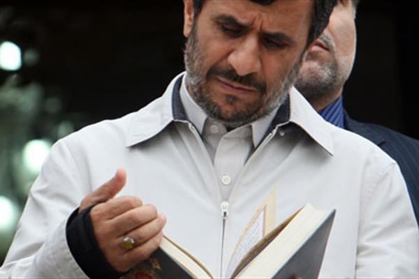 چه کسی جایگزین احمدینژاد در انتخابات می شود؟