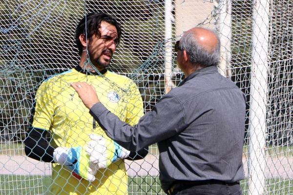 عصبانیت منصوریان از دست یک هوادار و خوشحالی عجیب استقلالی ها