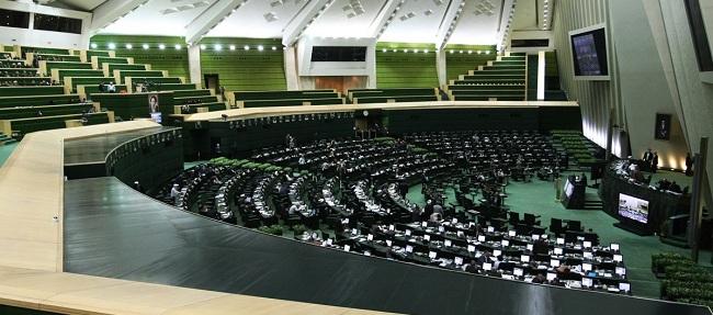 بلاتکلیفی سهامداران پدیده شاندیز، موسسه میزان و ثامن الحجج وزیر کشور را راهی مجلس کرد