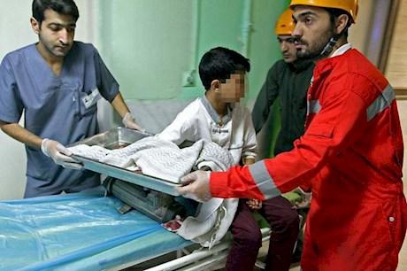 Image result for کارگر شاندیز 14 ساله