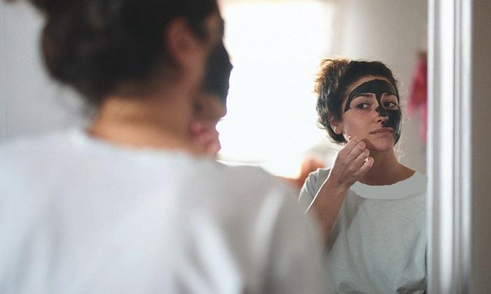 ۴ ماسک صورت طبیعی برای پاکسازی جوشهای سرسیاه