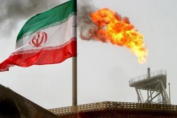 صادرات نفتی ایران 8 درصد کاهش یافت