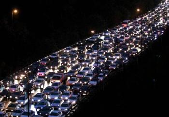 آیا ترافیک تهران عمدی است؟