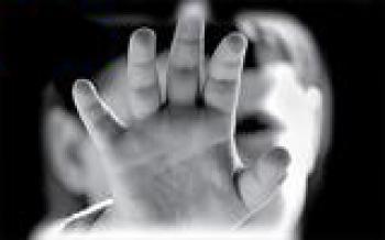 بلای وحشتناک مرد بی رحم / دختر بچه قربانی چه نوع آزاری شد؟