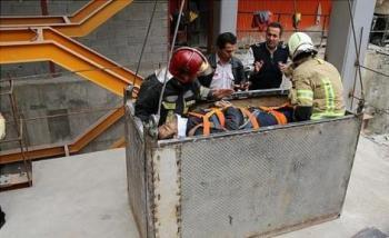 کارگر جوان پس از سقوط از ارتفاع ۲۷ متری زنده ماند + تصاویر