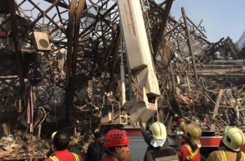 تصاویری دردناک از لحظه فروریختن ساختمان پلاسکو از نمایی بسیار نزدیک