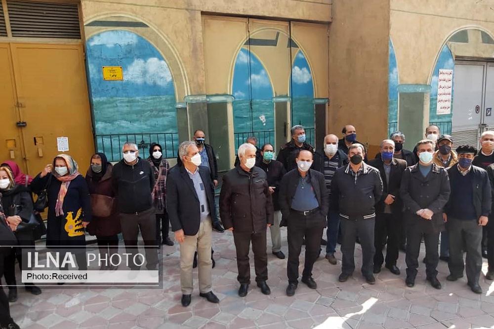 تجمع بازنشستگان بانکها در تهران/ همسانسازی درست اجرایی نشده است!