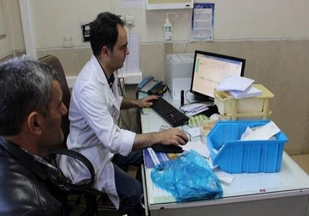 """بانک رفاه کارگران: به پزشکانی که از """"نسخ الکترونیکی"""" استفاده کنند تسهیلات می دهیم"""