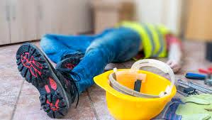 ریزش آوار یک کارگر ساختمانی را در کاشان مصدوم کرد