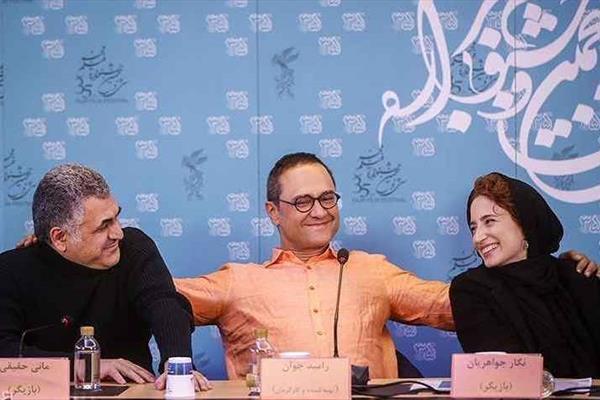 اعتراض به کارگردان بی ادب در جشنواره فجر +عکس