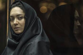 تبلیغ «موتورسواری زنان» در فیلم نیکی کریمی با سرمایه ناجا/ کریمی با لباسی مردانه +عکس