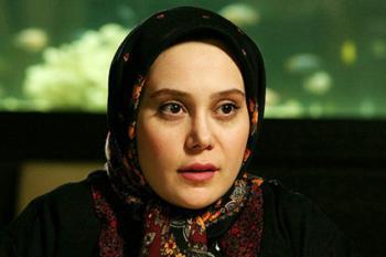خانوم بازیگری که تصور میکرد ۲۲ بهمن را به خاطر او جشن میگیرند