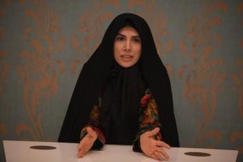 کنایه لاریجانی به «دختر صفدر حسینی»