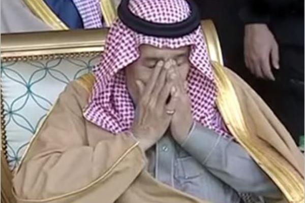 عربستان در عرض دو دقیقه به دست ایران می افتد/ شاه سعودی با لباس زنانه فرار می کند