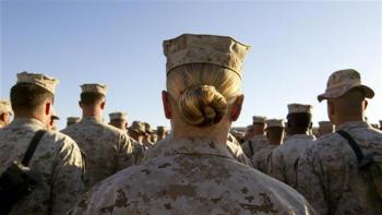 اظهارات شرمآور تفنگدار زن سابق ارتش آمریکا درباره انتشار عکسهای برهنه تفنگداران دریایی زن