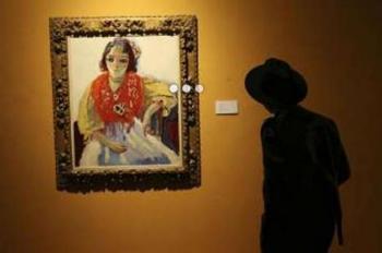 آثار هنری یک همجنس باز در نمایشگاهی در تهران به نمایش درآمد!!