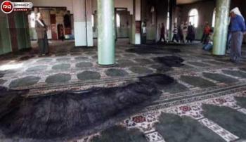 یک نمازگزار امام جماعت را آتش زد! + عکس