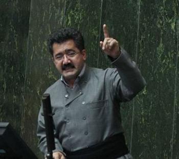 احمدی نژاد تایید شود از مجلس میروم