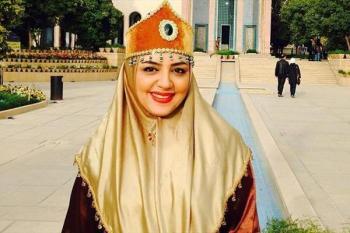 لیلا برخورداری با لباس محلی زیبا و تاجی به سر +عکس