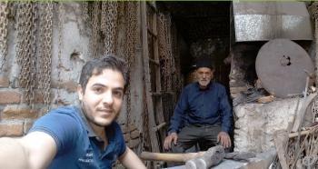 """جشنوارۀ عکس سلفی با عنوان"""" کارگر، تلاش و زندگی"""" برگزار می شود"""