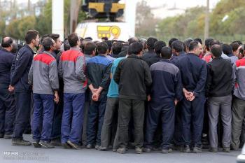 کارگران نگران از حمایتهای شیشهای