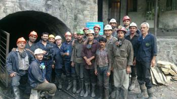 تصویری دردناک از پیکر کارگران فاجعه معدن آزادشهر