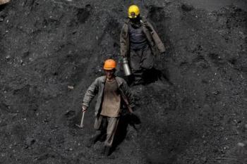 صحبت های یکی از معدنچیان بعد از حادثه ریزش معدن آزادشهر + فیلم