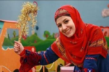 تیپ خاله شادونه در حرم امام رضا(ع) با چادر سفید +عکس