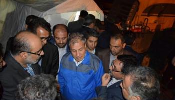 کارگر معدن آزادشهر خطاب به وزیر کار: نیم ساعت داخل معدن آمدی نفست گرفته داری برمیگردی!