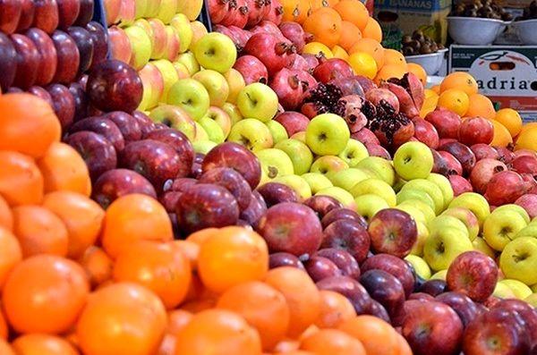 کاهش قیمت در بازار میوه با عرضه مستقیم