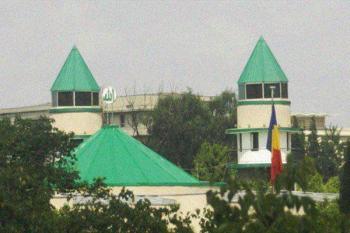 تنها مسجد ساخته شده در کره شمالی +عکس