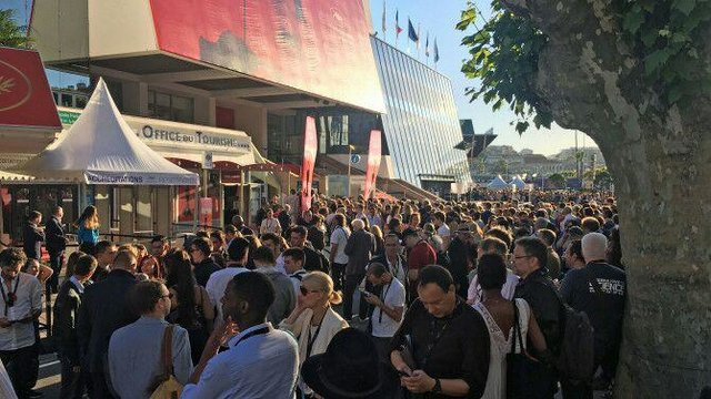 کاخ جشنواره فیلم کن به دلایل امنیتی تخلیه شد