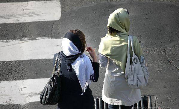 چرا حجاب در ایران اختیاری نیست
