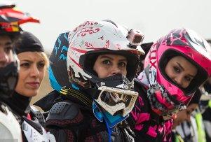 عکس هایی از مسابقات موتورکراس زنان ایرانی