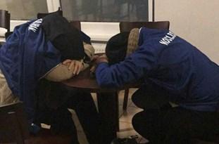 اسکان ورزشکاران زن و مرد تیم ملی در لابی هتل و مسجد هامبورگ!!!+تصاویر