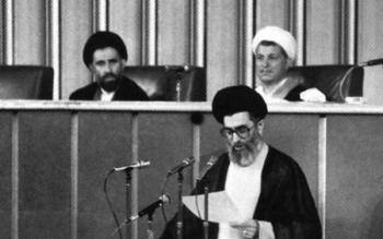 تنها کسی که در مجلس خبرگان مخالف رهبری آیتالله خامنهای بود