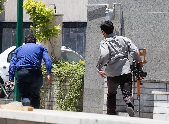 روایت یکی از افراد محبوس در روز حمله تروریستی به مجلس