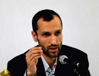واکنش احمدی نژاد به بازداشت بقایی+عکس