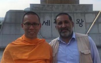 کنایه راهب بودایی به روحانی و ظریف