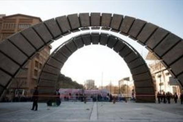 تصاویر اختلاط دانشجویان در دانشگاه امیرکبیر حاشیه ساز شد