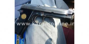 اسلحه اهدایی صدام در دست رزمندگان عراقی+تصویر