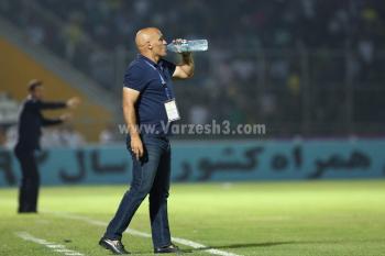 واکنش جالب منصوریان به اعتراض هواداران+عکس