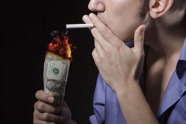توزیع رایگان سیگار در کرج!
