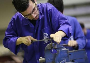 ورود۱۲۰ هزار کارورز به بازار کار