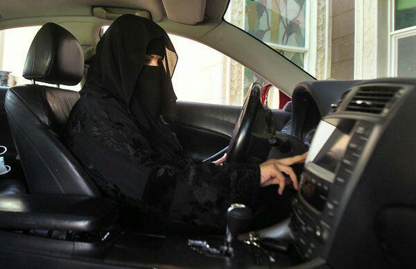 دلیل سنتشکنیهای اخیر عربستان درباره زنان چیست؟+عکس