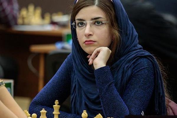 کشف حجاب زن ملی پوش ایرانی برای عضویت در تیم آمریکا