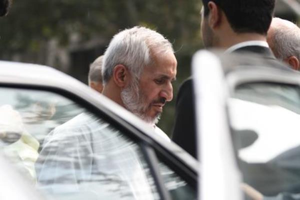 سردار احمدی نژاد؛ ایستاده در برابر انحراف